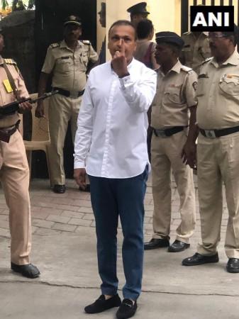 Anil Ambani votes