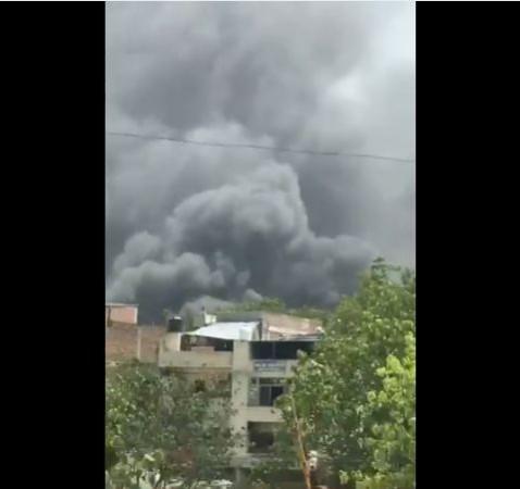 delhi narain fire