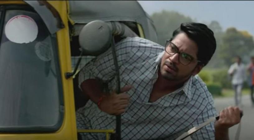 Allari Naresh as Ravi in Maharshi