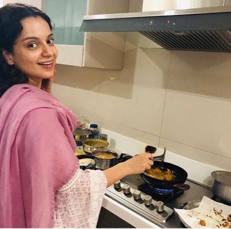 Kangana Ranaut making chai and pakoras