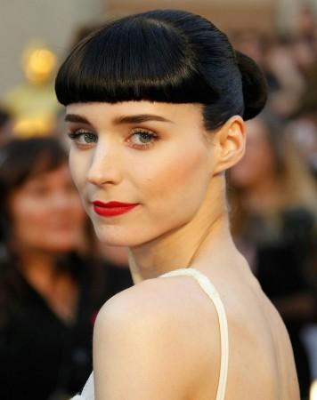 You Must See What Rooney Mara Looks Like Wearing Hardly ...  |Rooney Mara
