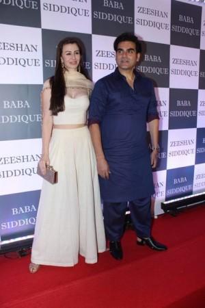 Arbaaz Khan with Giorgia Andriani at Baba Siddiqui Iftar party 2019