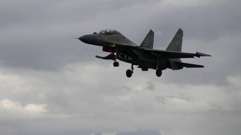BrahMos supersonic cruise missile will be a deadly addition to Sukhoi 30's(SU-30MKI) weaponry