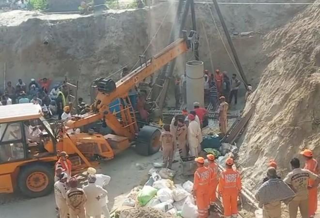 Rescue operations underway to save Fatehvir Singh