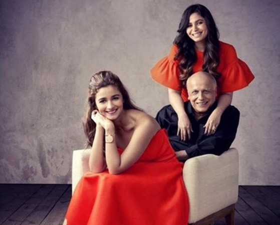 Shaheen with her sister Alia and father Mahesh Bhatt