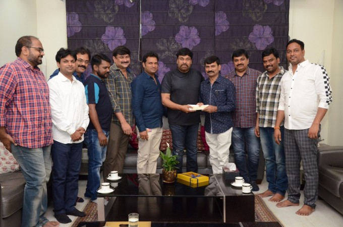 Chiranjeevi with the members of Film Newscasters Association of Electronic Media