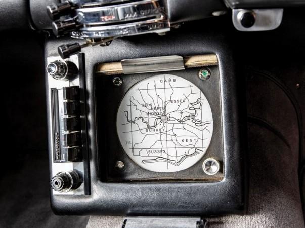 Radar-tracking GPS system