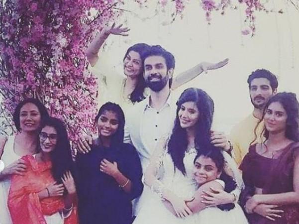 Sushmita Sen with daughters Renee and Aliseh and boyfriend Rohman Shawl at Rajeev Sen and Charu Asopa engagement ceremony