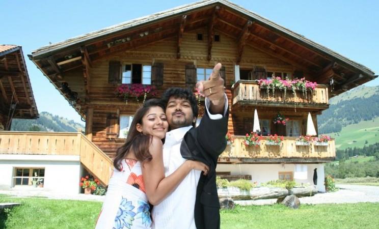 Vijay and Nayanthara in Villu