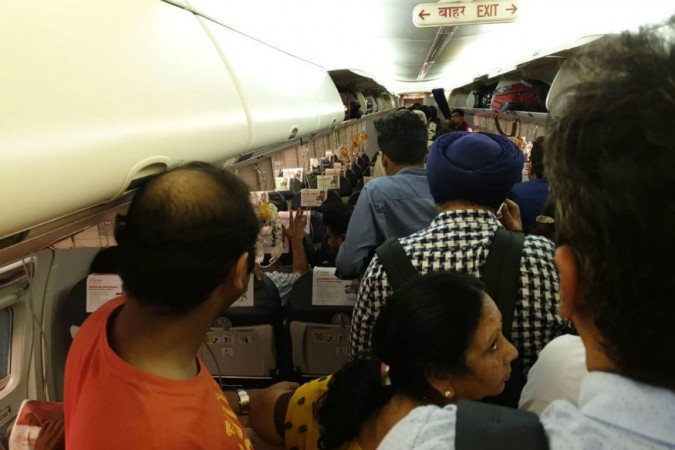 SpiceJet flight SG 6237