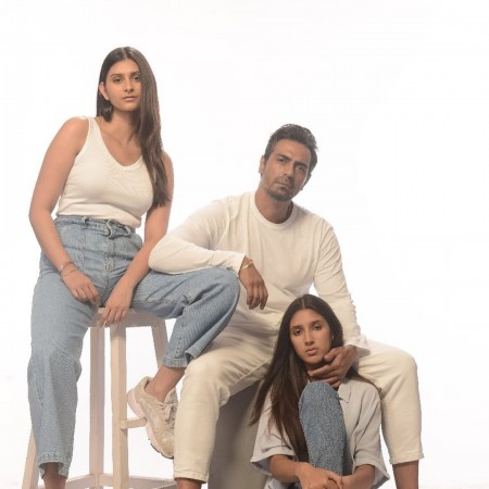 Arjun Rampal, daughters Mahikaa and Myra