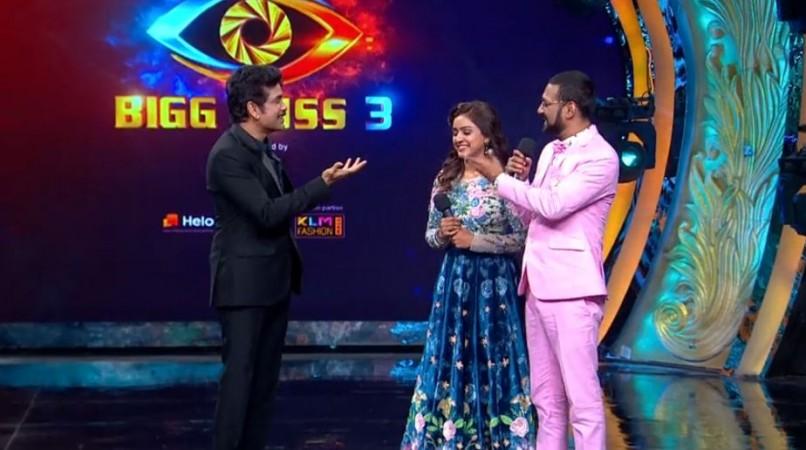 Varun Sandesh and his wife Vithika Sheru talking to Nagarjuna on Bigg Boss Telugu 3