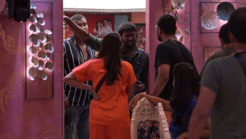 Varun Sandesh and his wife Vithika Sheru fighting with Mahesh Vitta inside Bigg Boss Telugu 3 house