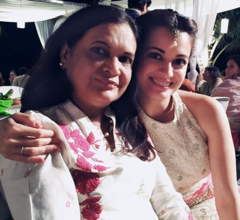 Dia Mirza with her mother Deepa