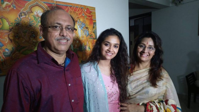 Keerthy Suresh wins the same award which her mom Menaka