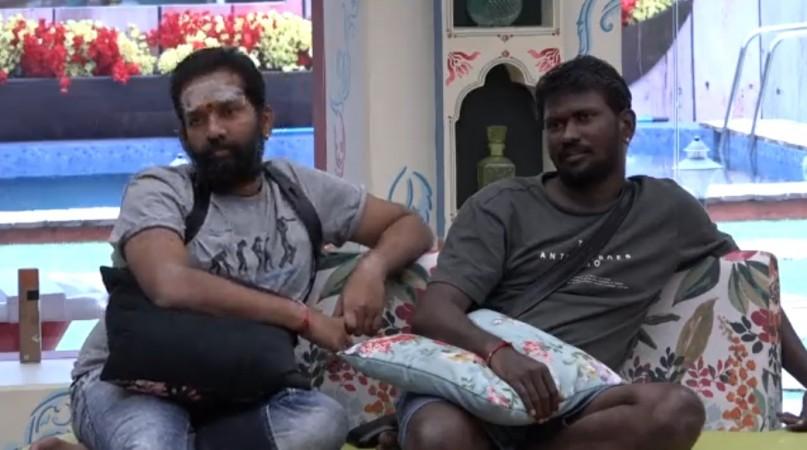 Mahesh Vitta with Baba Bashkar in Bigg Boss Telugu 3