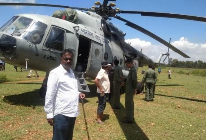 Mil Mi-17 helicopter emergency landing at Mandya