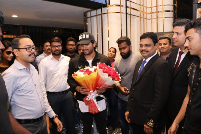Allu Arjun at Sye Raa Narasimha Reddy screening