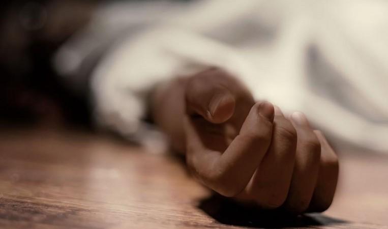 Dead womans hand