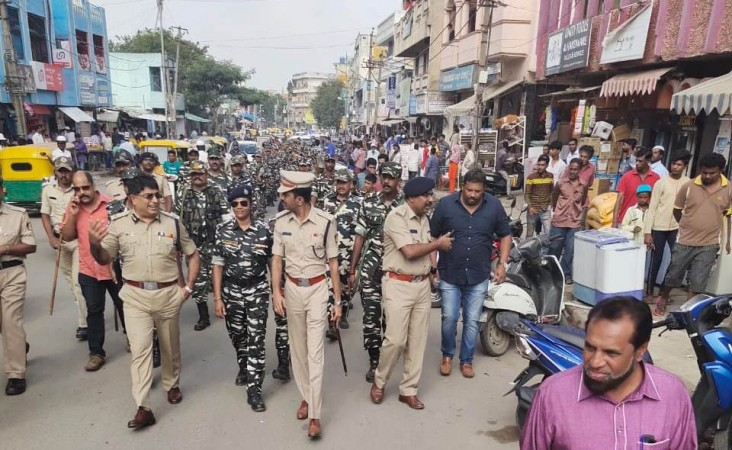 Bengaluru City Police commissioner visits personally to different parts of the city