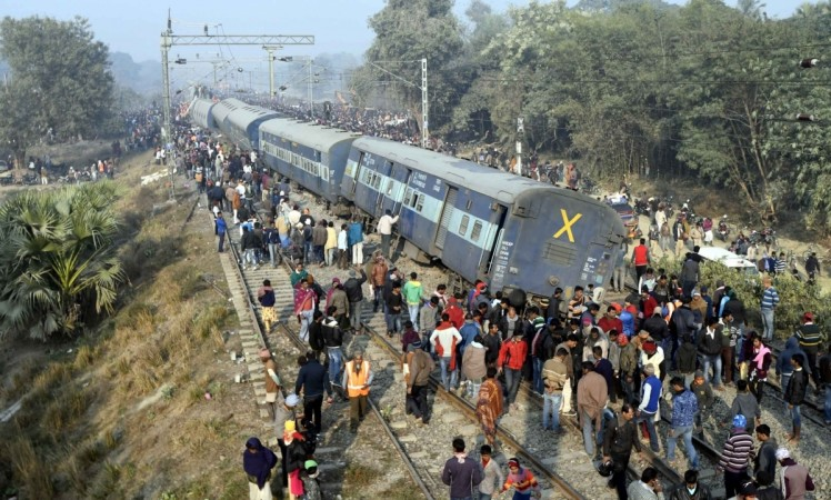 hyderabad train collision