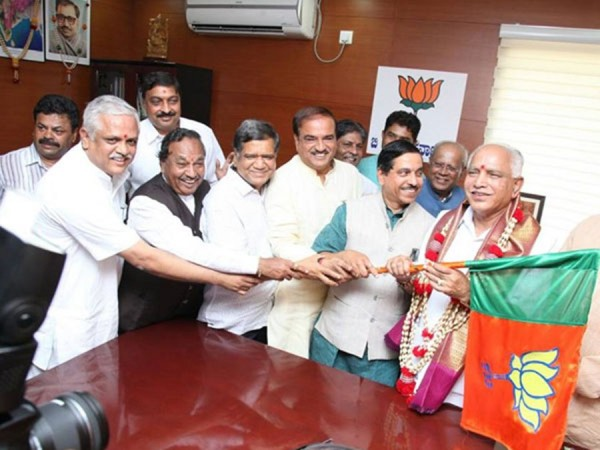 BL Santhosh with BS Yeddyurappa and other BJP leaders