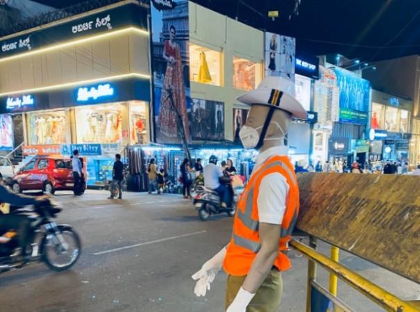 Bengaluru traffic police mannequin