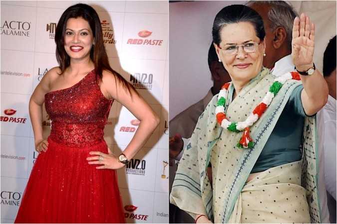 Payal Rohatgi and Sonia Gandhi