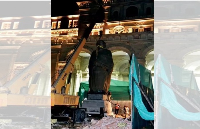 Atal statue installed in Lucknow, to be unveiled on Dec 25