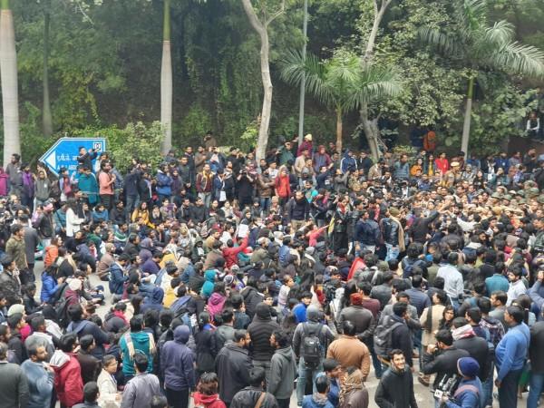 JNU campus violence