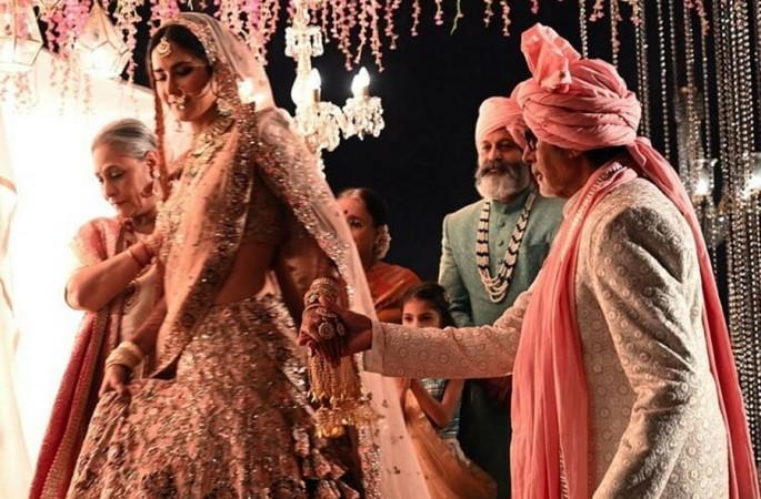 Jaya Bachchan, Katrina Kaif, Amitabh Bachchan