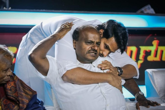 Nikhil Kumaraswamy and HD Kumaraswamy