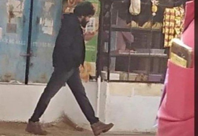 Pawan Kalyan on the sets of Pink remake