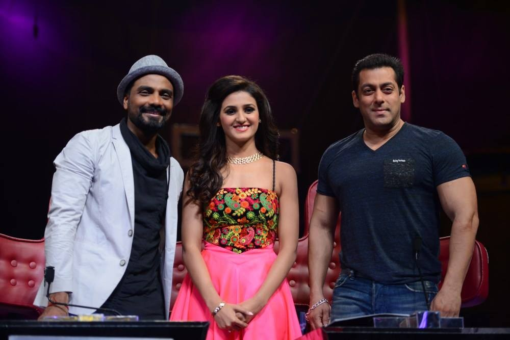Salman Khan,Dance Plus,hero movie promotion,sooraj pancholi,Athiya Shetty,Sooraj and Athiya Shetty,salman,Actor Salman Khan,Dance +,bollywood movie Hero,Hero movie promotion