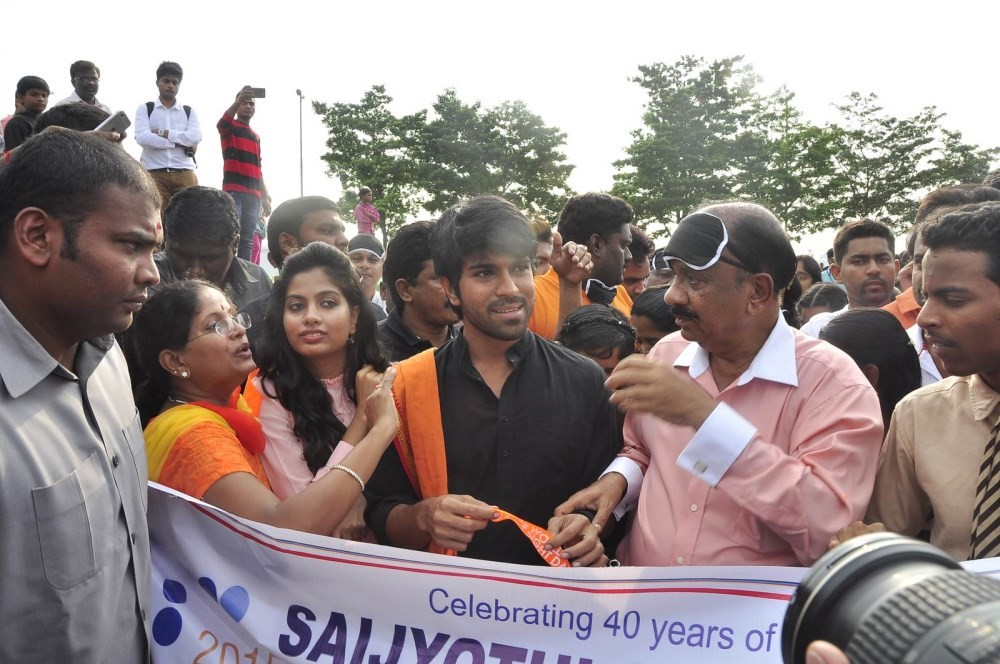 Ram Charan,actor Ram Charan,World Sight Day Walk 2015,World Sight Day 2015,World Sight Day,Ram Charan at Deonar World Sight Day Walk 2015,Ram Charan walks at Deonar World Sight Day 2015,Mission to Give Vision