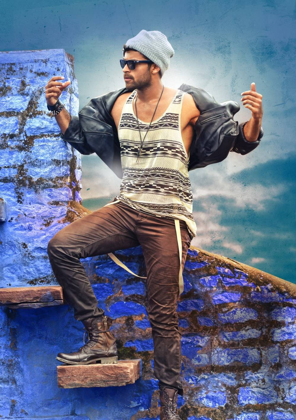 Loafer,telugu movie Loafer,Prince Varun Tej,Disha Patani,Prince Varun Tej and Disha Patani,Loafer movie stills,Loafer movie images,Loafer movie pics,Loafer movie pictures