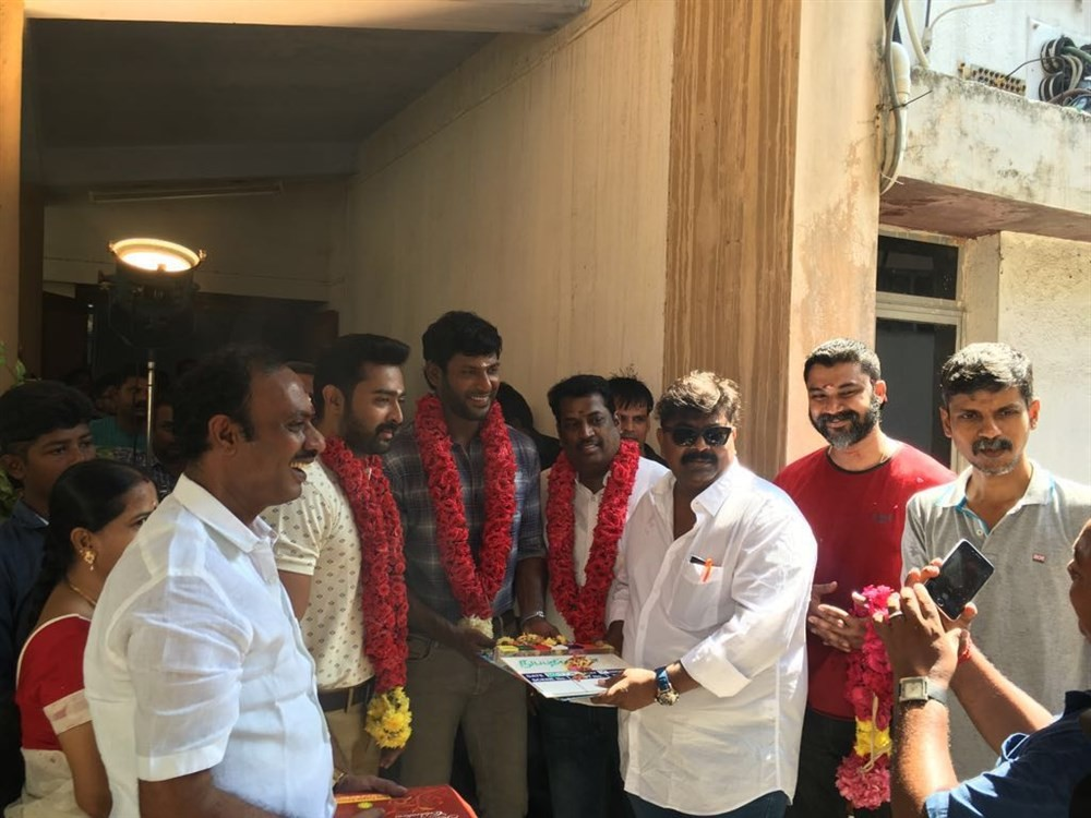 Vishal,Prasanna,Mysskin,Vishal and Mysskin,Thupparivaalan movie launch,Thupparivaalan movie pooja,Thupparivaalan movie launch pics,Thupparivaalan movie launch images,Thupparivaalan movie launch stills,Thupparivaalan movie launch pictures,Thupparivaalan