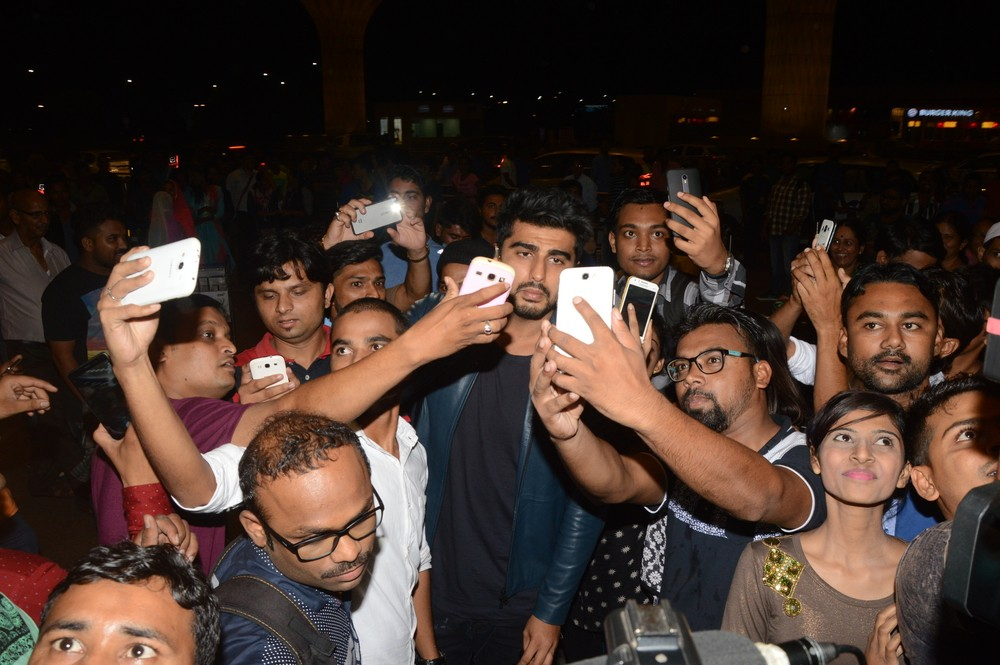 Arjun Kapoor,Arjun Kapoor leaves to Ladhak,Arjun Kapoor Magiazine shoot,Arjun Kapoor pics,Arjun Kapoor images,Arjun Kapoor photos,Arjun Kapoor stills,Arjun Kapoor pictures,Arjun Kapoor latest pics,Arjun Kapoor latest images,Arjun Kapoor latest photos,Arju