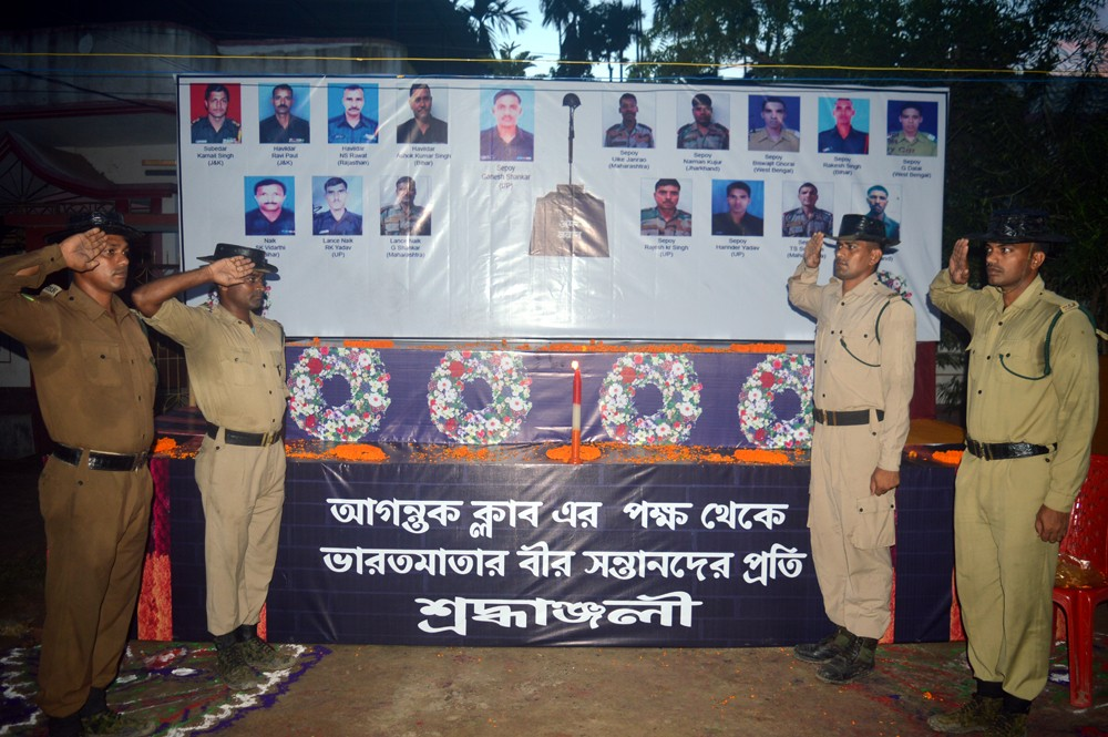 Agartala Durga Puja,Uri martyrs,Durga Puja pandal,Uri in Jammu and Kashmir,terrorist attack,Durga Puja,Indian Army soldiers,Indian Army