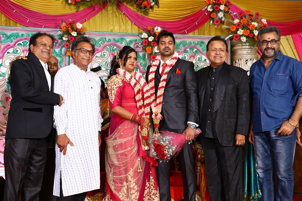 Vasu Vikram's daughter Vasugi,Vasu Vikram's daughter Vasugi wedding,MK Stalin,Vivek,Radha Ravi,KS Ravikumar,Soori,Durga Stalin,MS Baskar,Radhika,SP Muthuraman,Vikraman,Nassar