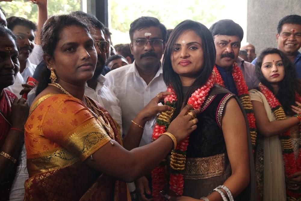 Chennai to Bangkok,Chennai to Bangkok movie launch,Powerstar Srinivasan,Sony Charishta,Jai Akash,Prabhu Solomon,Thiyagaraj,Yazhini,Ashvin Raja,UK MUrali,Ponnambalam,Chaams,Chennai to Bangkok movie launch pics,Chennai to Bangkok movie launch images,Chennai