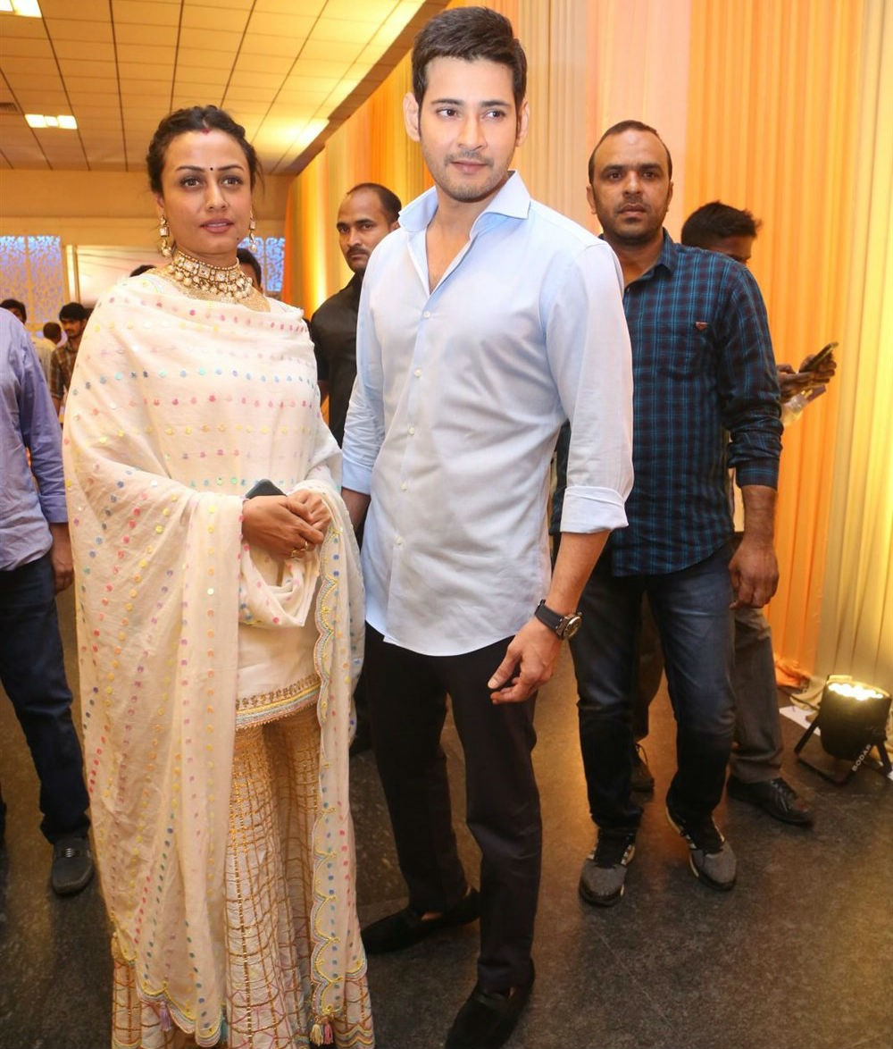 Mahesh Babu and Namrata,Mahesh Babu,Namrata,Shyam Prasad Reddy Daughter Maithri Wedding,Shyam Prasad Reddy,Maithri Wedding