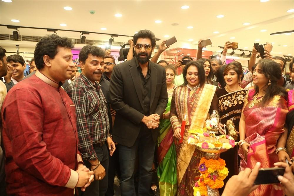 Rana Daggubati,Vijay Devarakonda,Anu Emmanuel,KLM fashion mall,KLM fashion mall launch,KLM fashion mall in Hyderabad,KLM fashion mall in Ameerpet