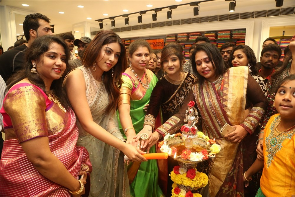 Rana Daggubati,Vijay Devarakonda,Anu Emmanuel,KLM fashion mall,KLM fashion mall launch,KLM fashion mall in Hyderabad,KLM fashion mall in Ameerpet
