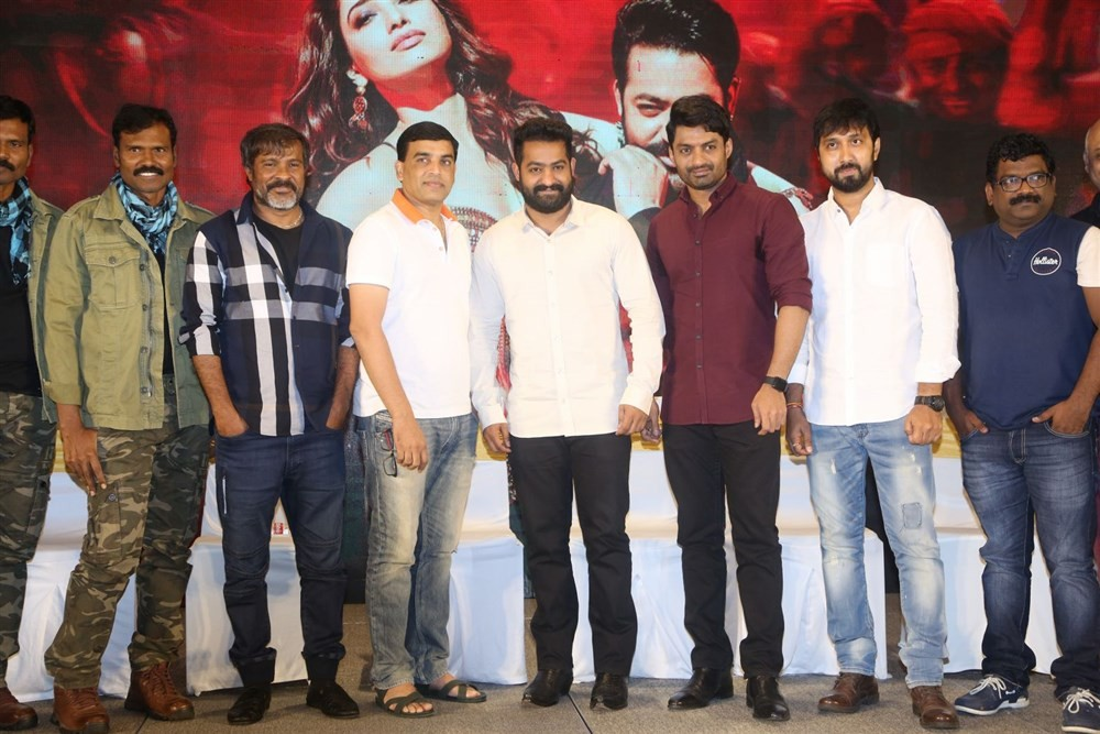 Jai Lava Kusa Success Meet,Jai Lava Kusa,Jr NTR,Dil Raju,Nandamuri Kalyan Ram,Chota K Naidu,Posani Krishna Murali,Jai Lava Kusa Success Meet pics,Jai Lava Kusa Success Meet images,Jai Lava Kusa Success Meet stills,Jai Lava Kusa Success Meet pictures