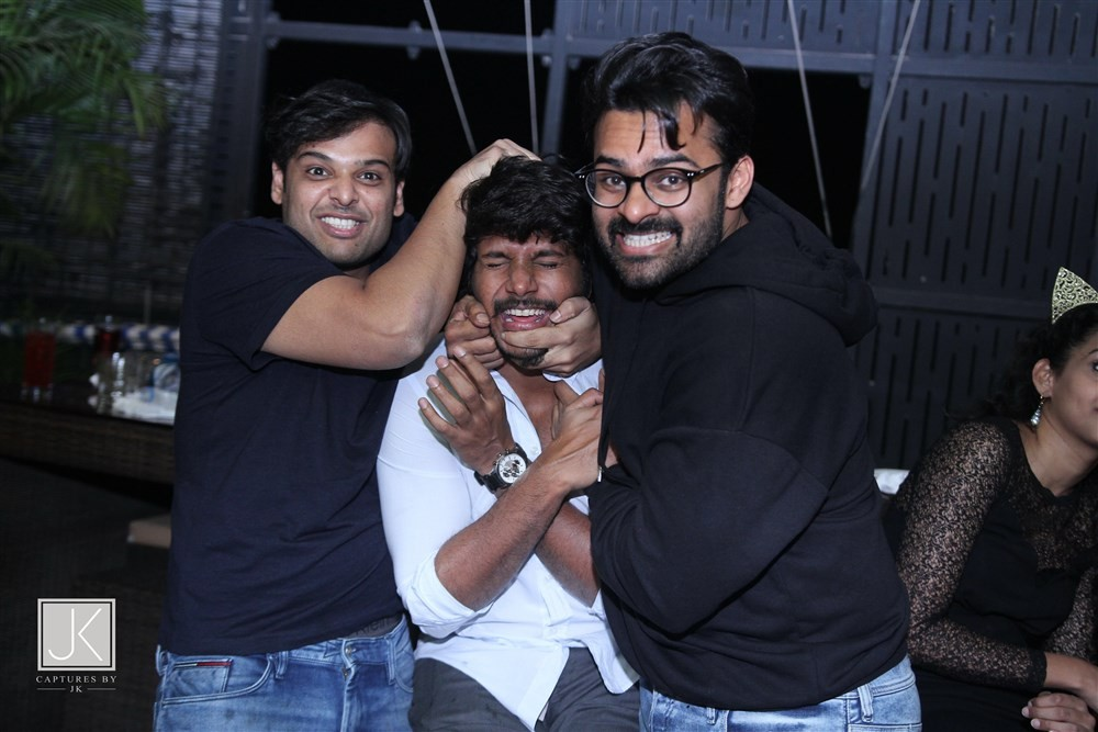 Ravi Teja,Naga Chaitanya,Rana,Varun Tej,Sai Dharam Tej,Rakul Preet,Rashi Khanna Birthday Party,Rashi Khanna Birthday Party pics,Rashi Khanna Birthday Party images,Rashi Khanna Birthday Party stils,Rashi Khanna Birthday Party pictures,Rashi Khanna Birthday