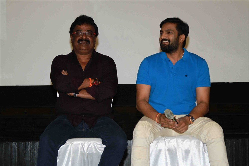 Sakka Podu Podu Raja press meet,Sakka Podu Podu Raja,Santhanam,VTV Ganesh,Robo Shankar,Sakka Podu Podu Raja press meet pics,Sakka Podu Podu Raja press meet images,Sakka Podu Podu Raja press meet stills,Sakka Podu Podu Raja press meet pictures,Sakka Podu P