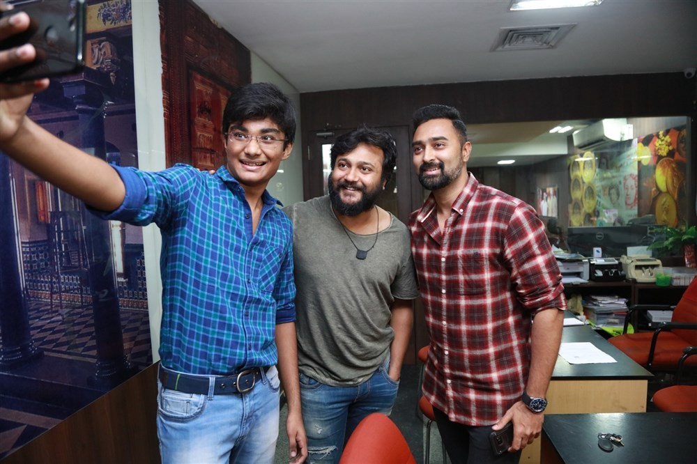 Bobby Simha,Prasanna,Thiruttu Payale 2 success celebration,Thiruttu Payale 2,Thiruttu Payale 2 celebration,Thiruttu Payale 2 success meet,Thiruttu Payale 2 success meet pics,Thiruttu Payale 2 success meet images,Thiruttu Payale 2 success meet stills,Thiru