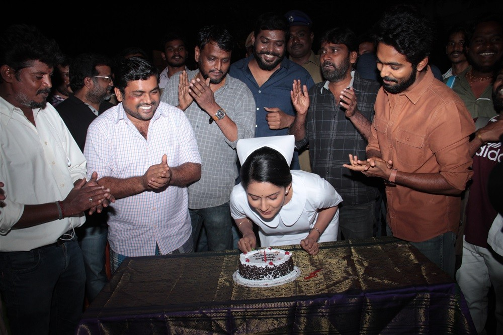Mahima Nambiar,Mahima Nambiar birthday celebration,Mahima Nambiar birthday celebration pics,Mahima Nambiar birthday celebration images,GV Prakash Kumar,Ayngaran,Ayngaran on the sets