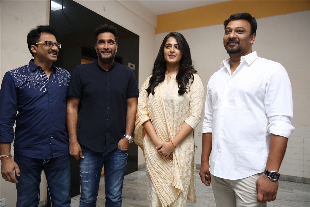 Anushka Shetty,G Ashok,S Thaman,Dil Raju,Bhaagamathie success meet,Bhaagamathie,Bhaagamathie success meet pics,Bhaagamathie success meet images,Bhaagamathie success meet stills,Bhaagamathie success meet pictures,Bhaagamathie success meet photos